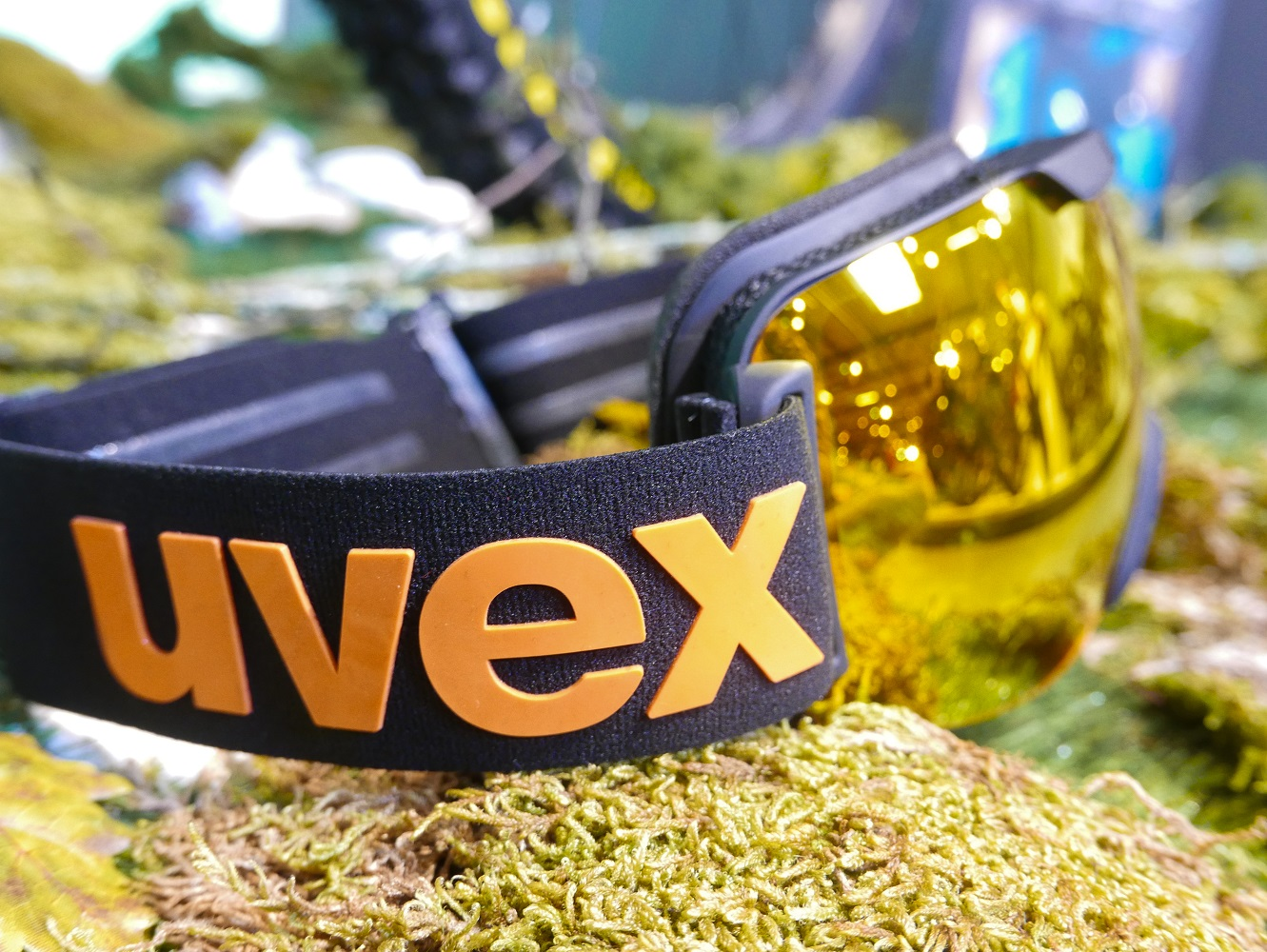 Uvex Downhill 2000 CV Ansicht
