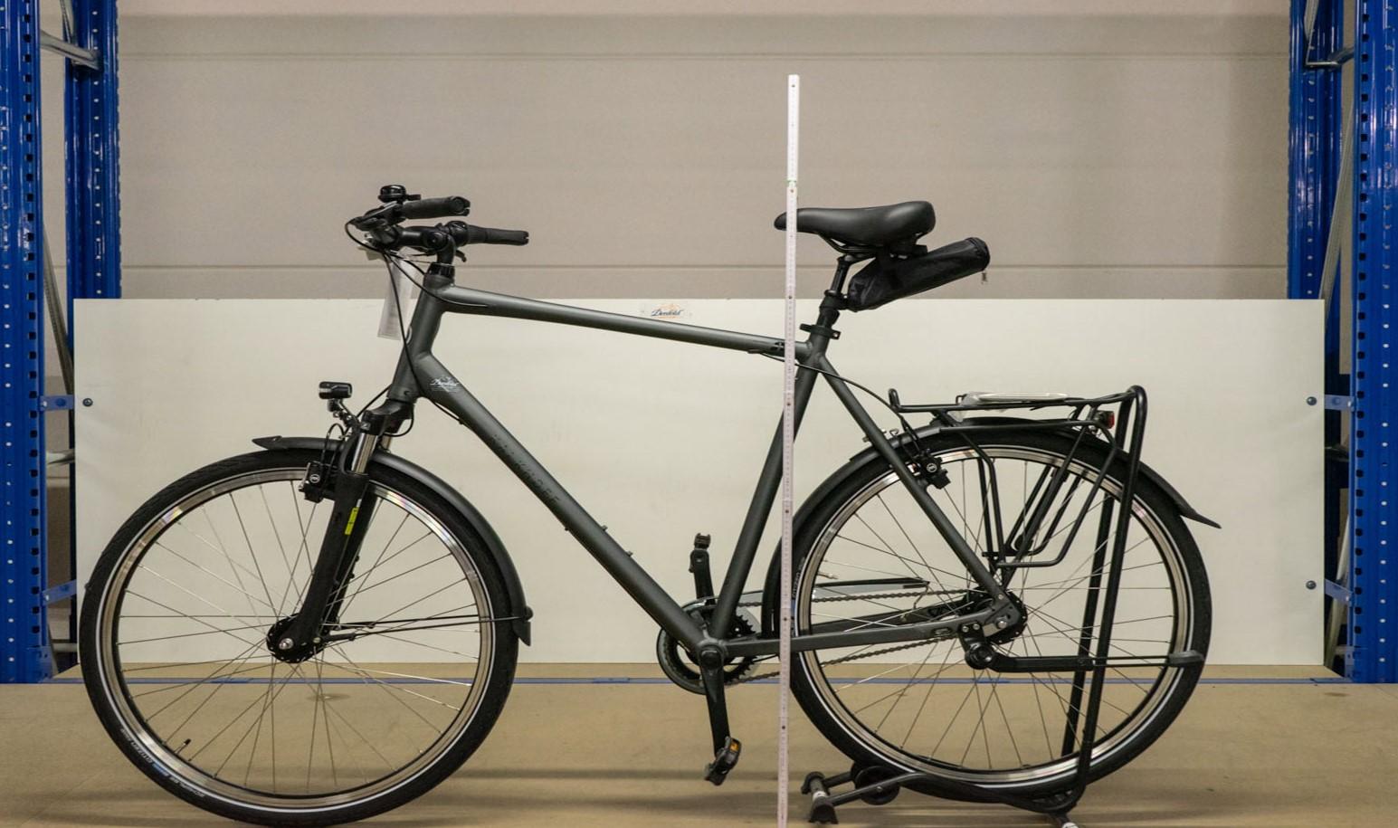 Beispiel eines XXL-Fahrrades, hier ein Kalkhoff Zoll mit 70cm Rahmen